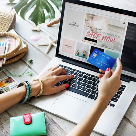 Using a Credit Card to Online Shop